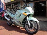 カワサキ ZZR250 中古車 エメラルドグリーン 走行距離27,783km リヤキャリア付 水冷4スト250cc