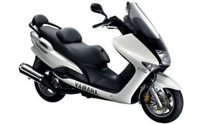 ヤマハ マジェスティ125FI