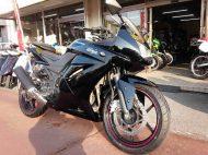 カワサキ Ninja 250R 中古車 ブラック 走行距離13,151km FI+シガーソケット電源+USB電源付 水冷4サイクル