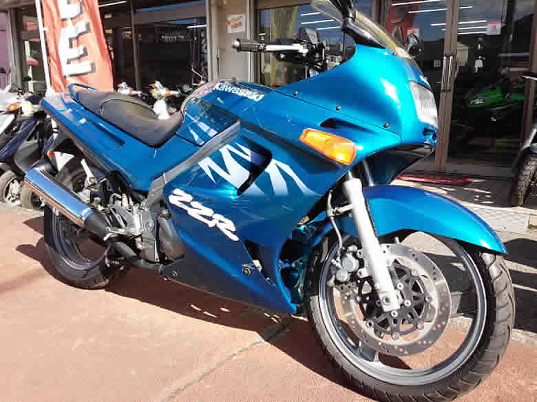 カワサキ ZZR250 中古車 オーシャンブルー 走行距離17,602km 水冷4サイクル並列2気筒エンジン