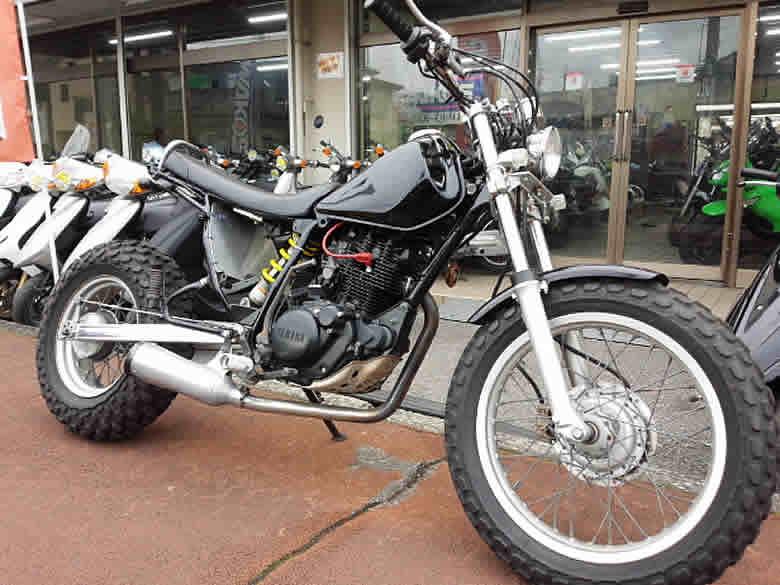ヤマハ TW200 ブラック ロンスイ スカチューン 走行距離不明 空冷4サイクル