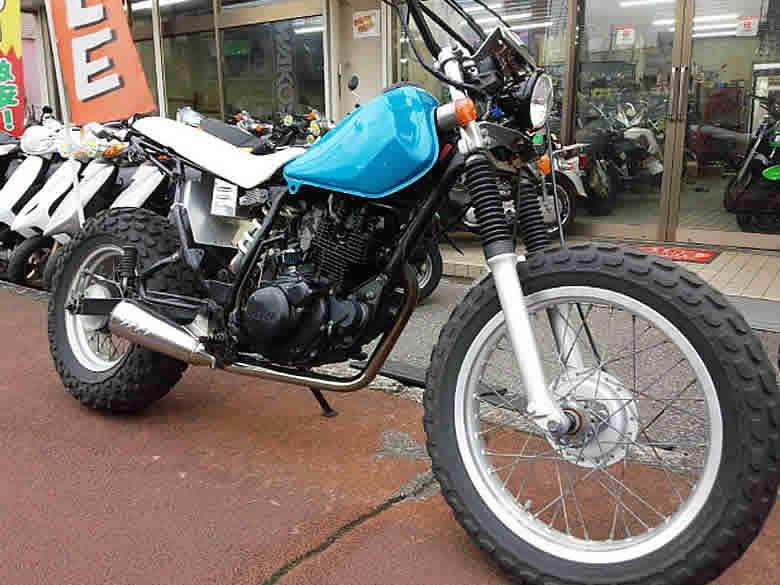 ヤマハ TW200 ライトブルー ロンスイ他カスタム多数 走行距離9,786km 空冷4サイクル